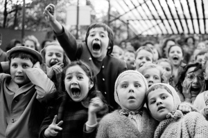 paris 1963 watching Saint George and the Dragon outdoor puppet theater_Getty