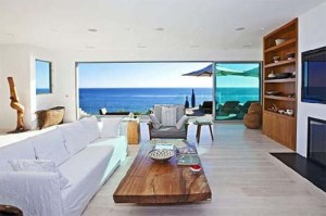 Living-Room-Malibu-Beach-House-Design
