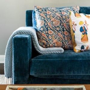 239_marina_blue_velvet_modern_sofa