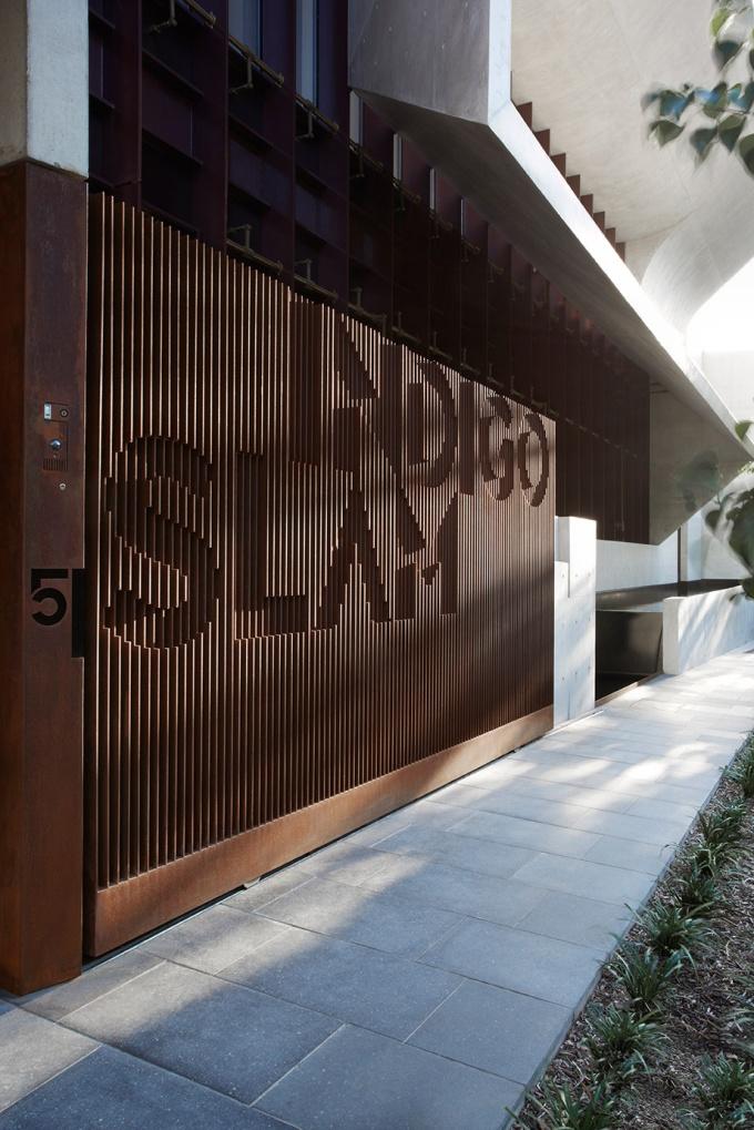 Indigo-Slam-Smart-Design-Studio-Yellowtrace-14
