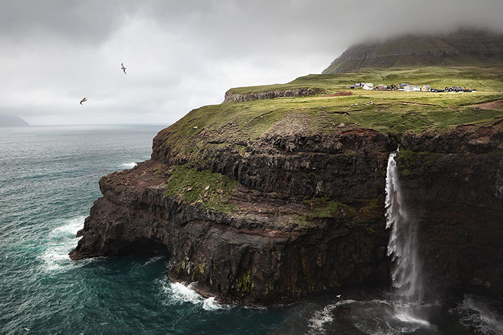 faroes_landscape4.jpg