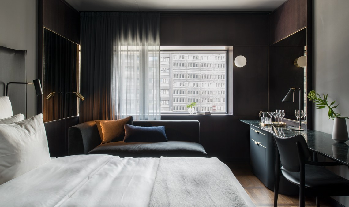 hotel-at-six-standard-room