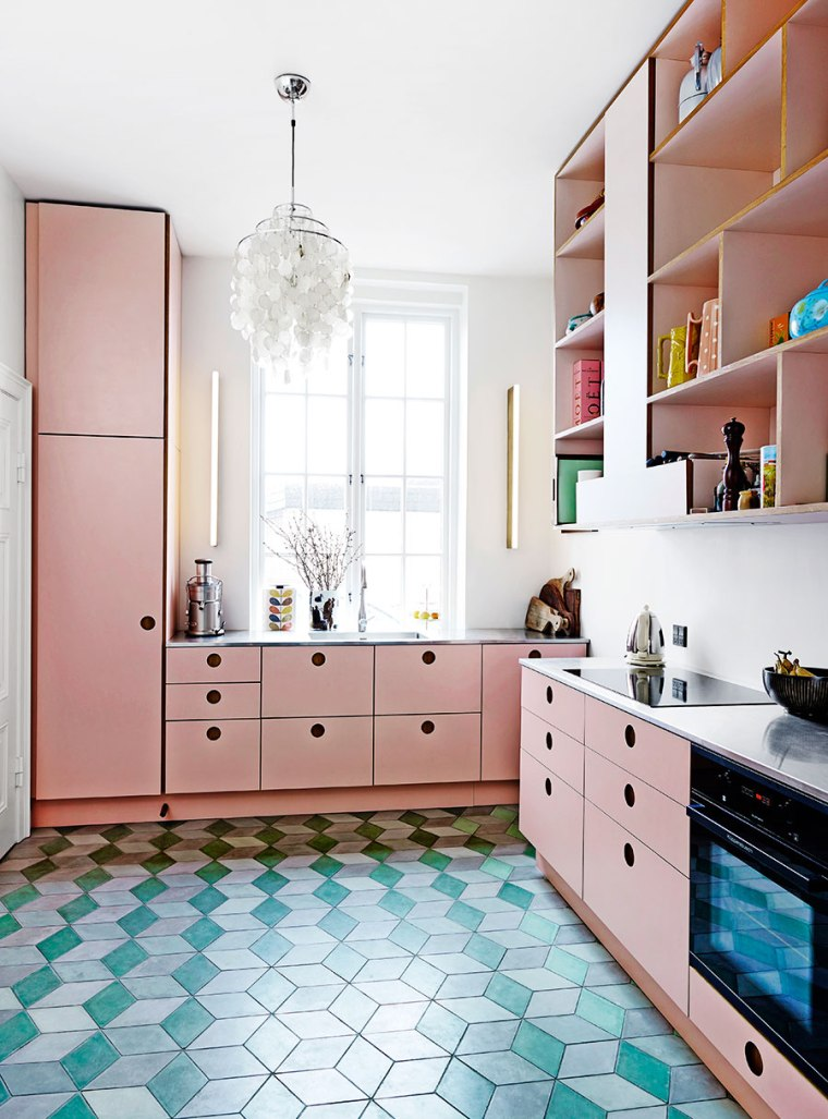 a-super-fun-pink-kitchen