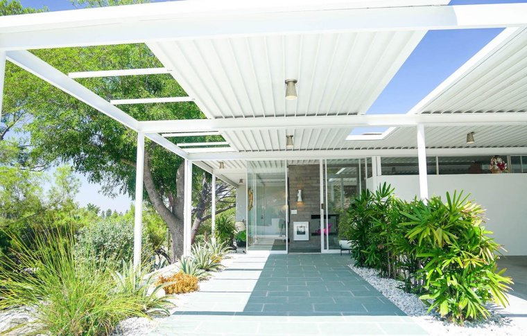 passionate-about-midcentury-modern-architecture-and-furniture-purchased-the-scott-house-from-aurora-who-was-94-years-old-at-the-time-and-sensitively-restored-it-in-a-way-that-w