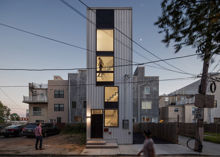 1tiny-tower-isa-architecture-residential-philadelphia-pennsylvania-usa_dezeen_2364_hero
