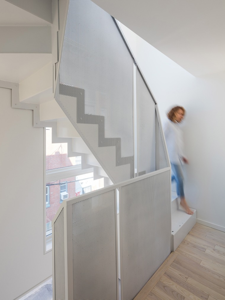 99tiny-tower-isa-architecture-residential-philadelphia-pennsylvania-usa_dezeen_2364_col_2