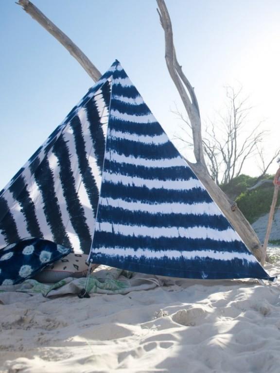 blue-deco-lifestyle-tipi-sur-la-plage-3.jpg